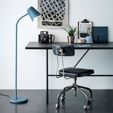 The northernlighting - Me Floor Lamp in teal blue