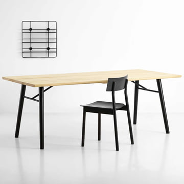 Split dining table, Pause dining chair and Coupé wall shelf