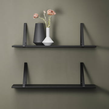 Sculpt Vases on Shelf Hanger