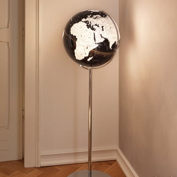 High, illuminated globe