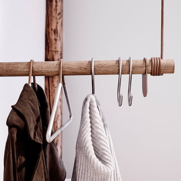 S-shaped hooks and coat hangers by LindDNA