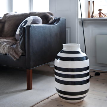 The Omaggio vase H 50 cm by Kähler Design