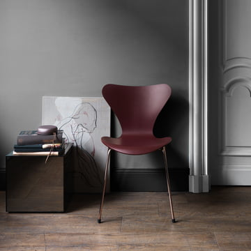 Series 7 Chair - Special Edition 2017 in Merlot