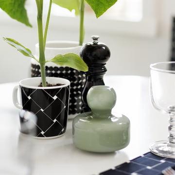 Flower Vase and Oiva Basket Mug