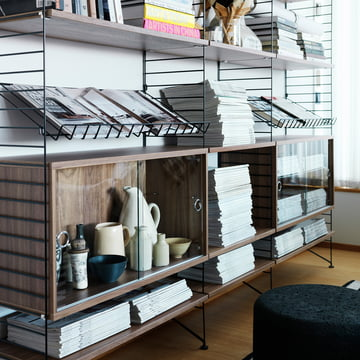 Magazine Rack by String out of Wire