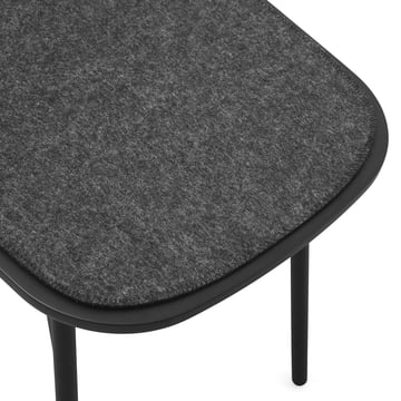 The Menu - Meet bench in black with anthracite felt cover.