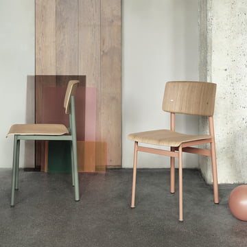 Loft Chair by Muuto in Dusty Green and Dusty Rose