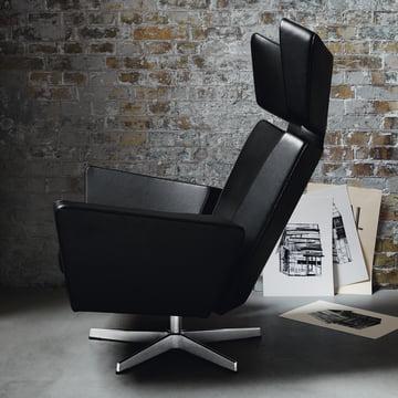 Fritz Hansen - Oksen Armchair in a Room