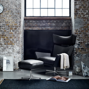 Fritz Hansen - Oksen Armchair with Stool