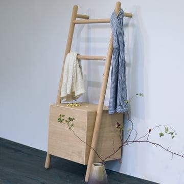 The Kommod - Lokks Ladder Shelf with Clothes