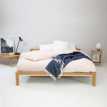 the pure wood bed by hans hansen in the shop. Black Bedroom Furniture Sets. Home Design Ideas