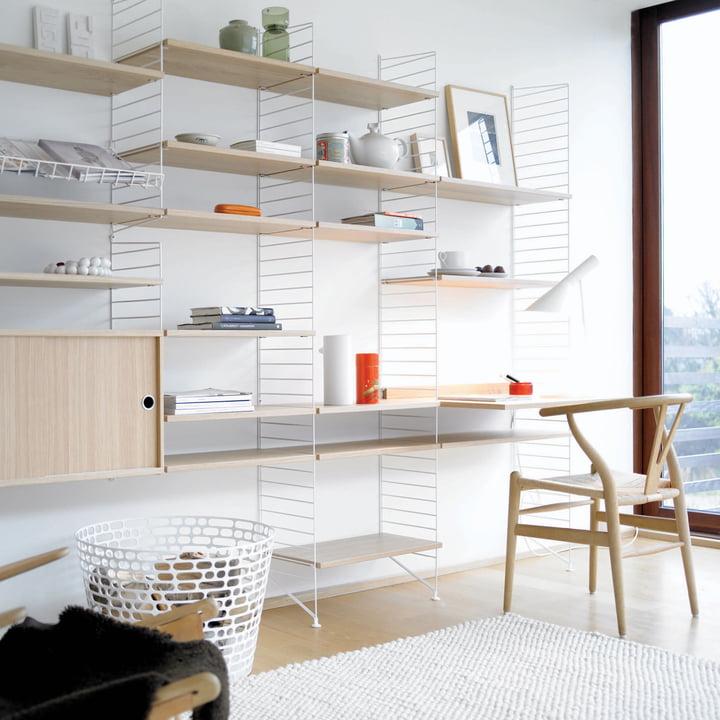 String Shelf System, oak / white, ambiente