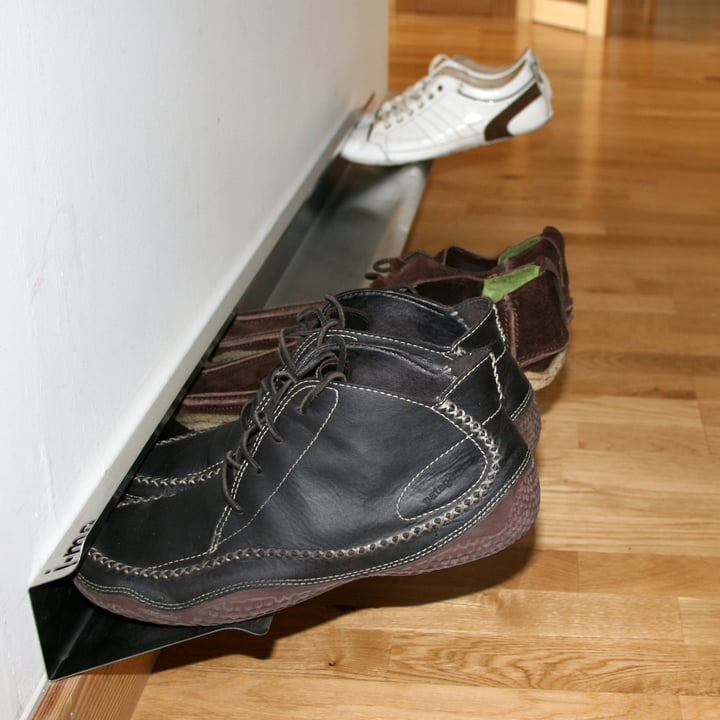 Horizontal shoe rack
