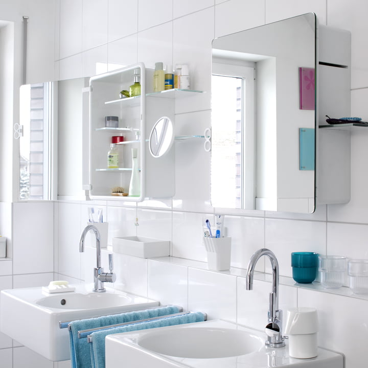 Authentics - Kali mirror cabinet in family bathroom