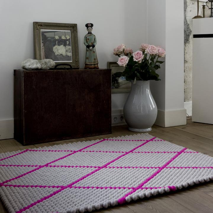 Hay - S&B Dot Carpet, hot pink