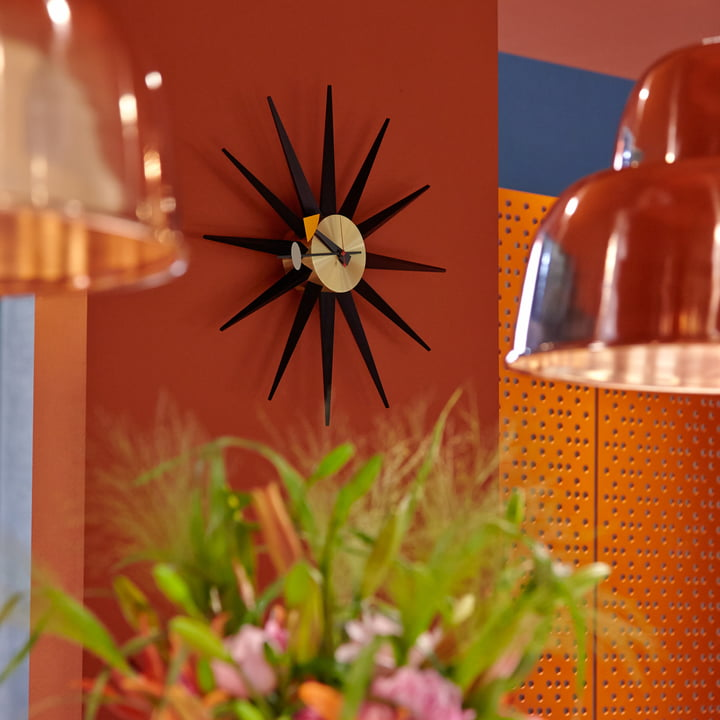 Vitra - Sunburst Clock, black / brass