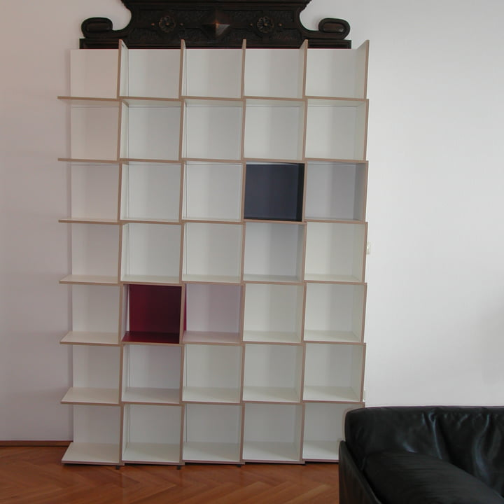 Jonas Jonas - Tri modules shelf, white, grey, red - 5 x 7