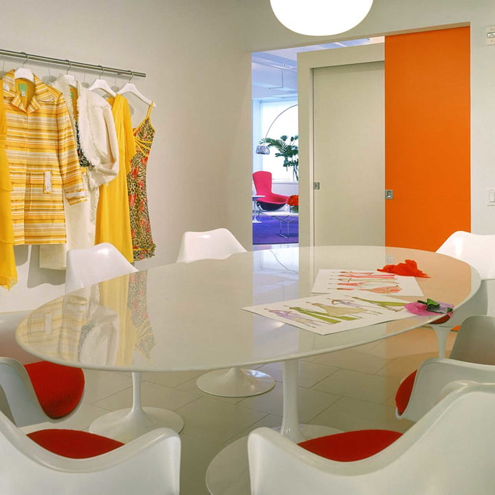 Knoll - Saarinen Tulip Dining Table