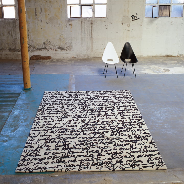 "nanimarquina - Black on white Carpet ""Manuscrit"""