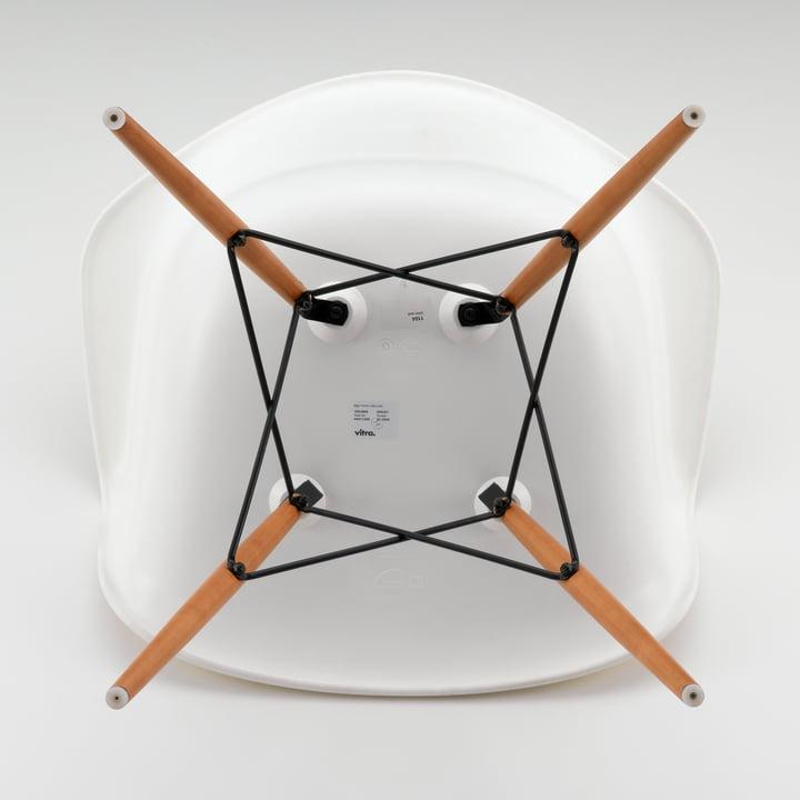 Vitra - Eames Plastic Armchair DAW, white