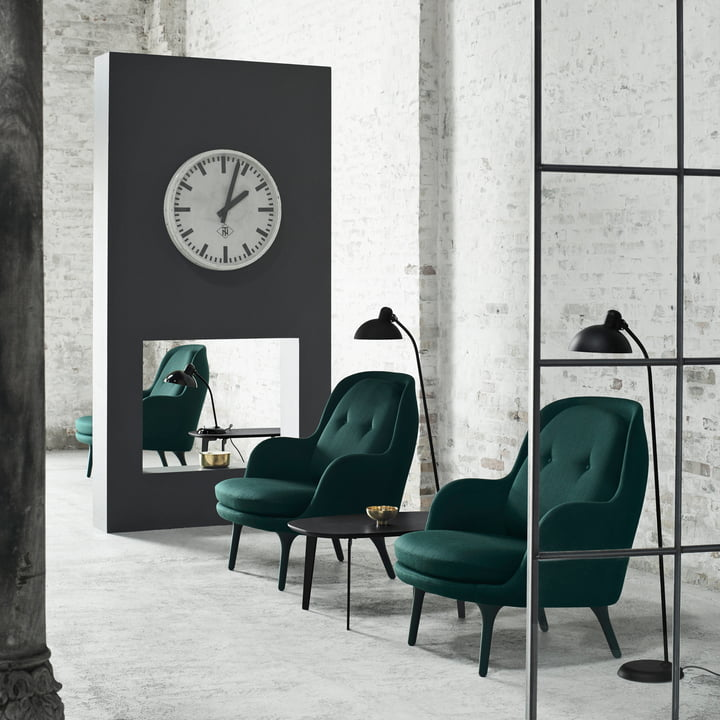 Fri Armchair and Join FH 61 by Fritz Hansen