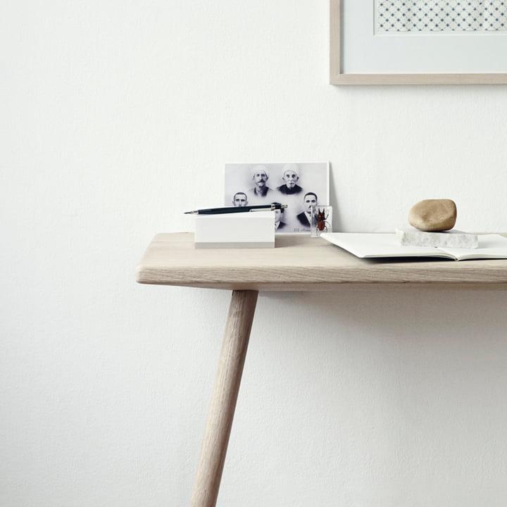 Practical desk for the corridor