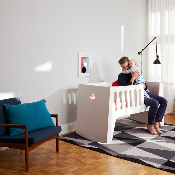 Baby and children's bed, which can grow in four levels with your child