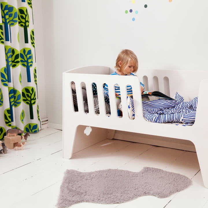 Rocky baby bed and cot with side protection