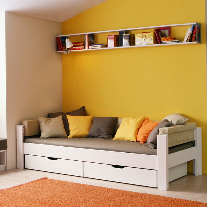Basis Daybed with three-sided frame