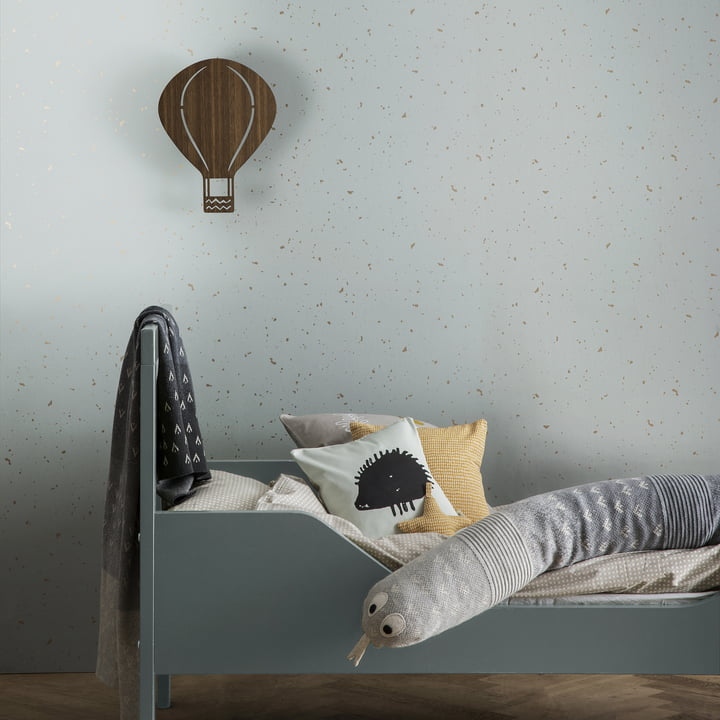 Hot-Air Balloon Lamp in playful design