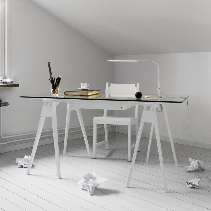 Arco Desk in lacquered white