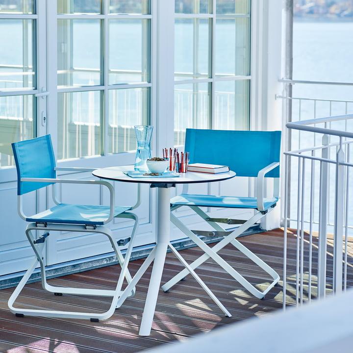 Ahoi Armchair with Trio Table