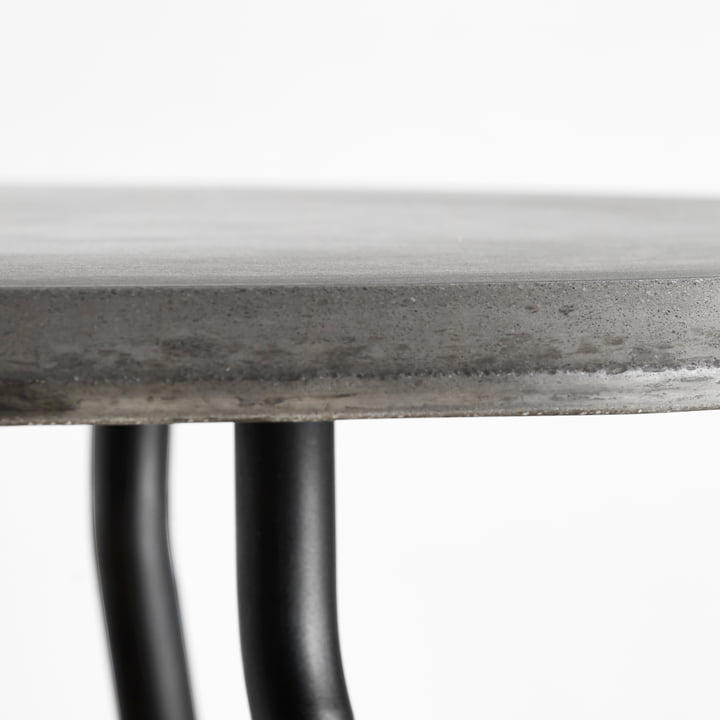 Soround Side Table with Fibre-reinforced Concrete