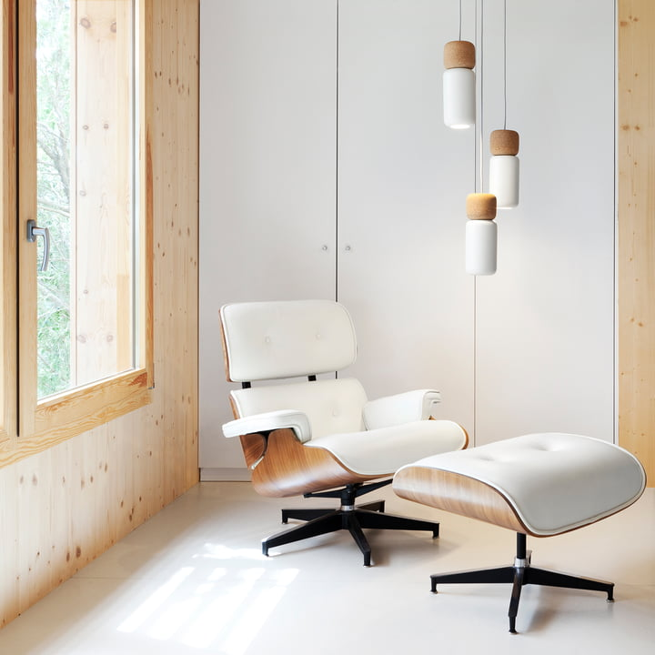 Pila Pendant Lamp with Lounge Chair & Ottoman