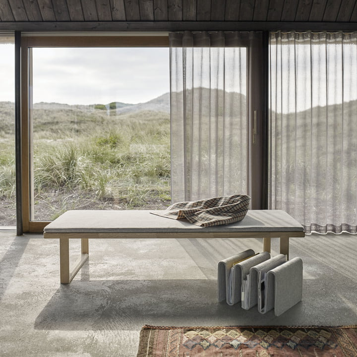Shapely Pulse Daybed by Skagerak