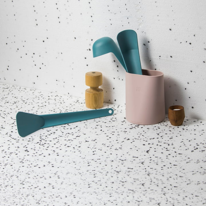 Hub Utensil Container from Ommo