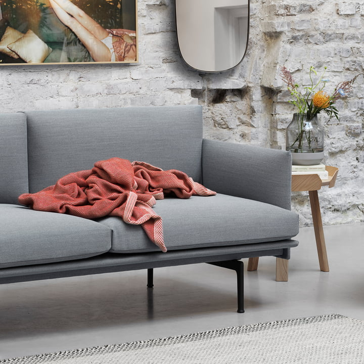 Ripple throw by Muuto in red