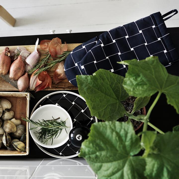 Basket Oven Mitten and Plates by Marimekko