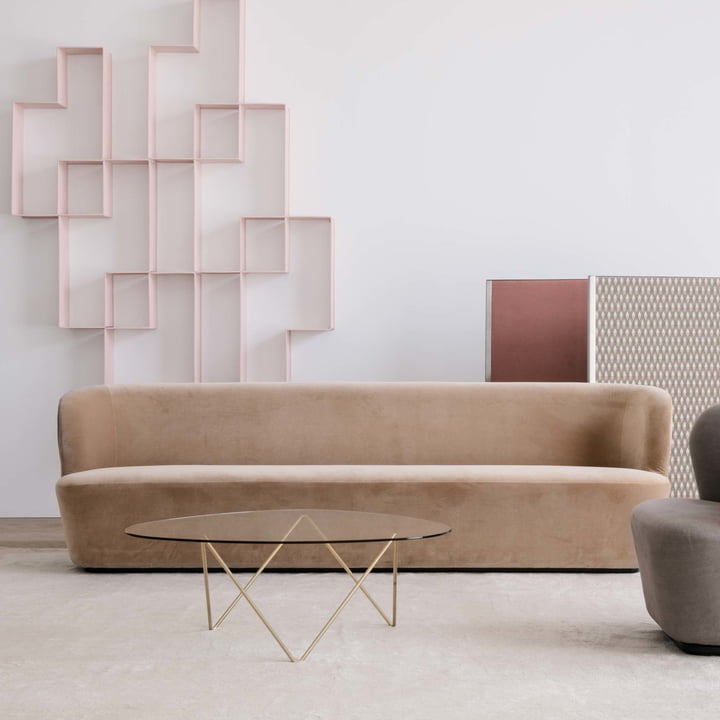 Dédal Bookshelf with Pedrera Coffee Table by Gubi