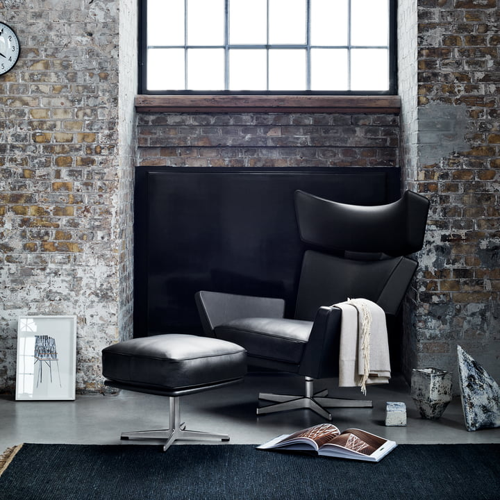 Fritz Hansen - Oksen Armchair with Stool