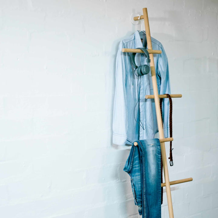 kommod - Wendra Hand Towel Holder / Leaning Coat Rack with Valet Stand