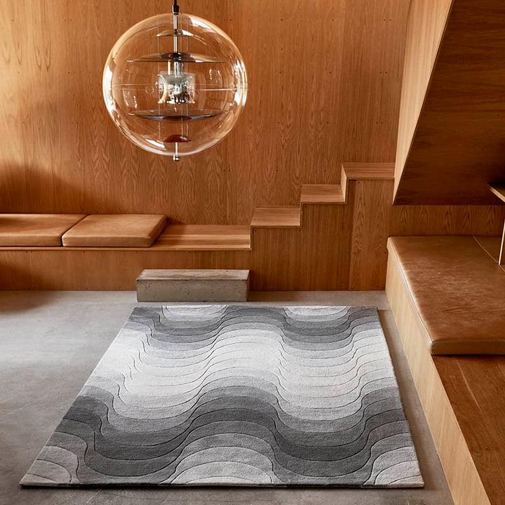 The Verpan - Wave Rug in a Room