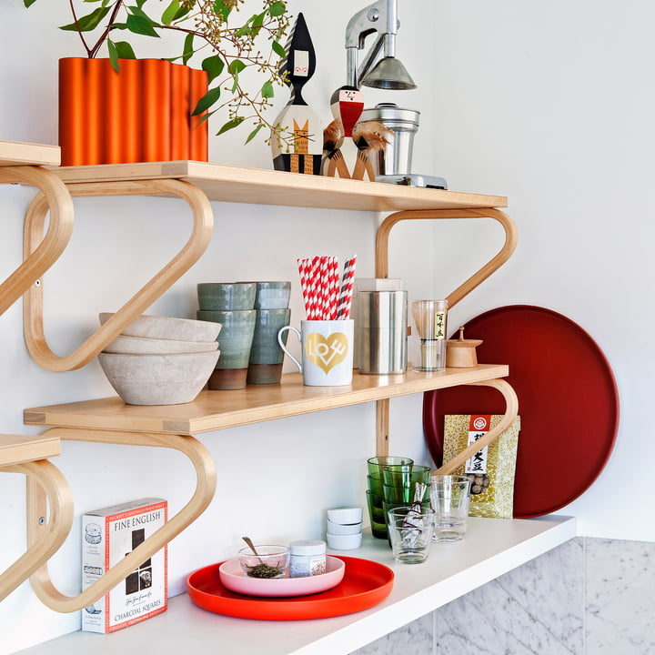 The Vitra - Trays, Red (Set of 3) in the Kitchen Shelf