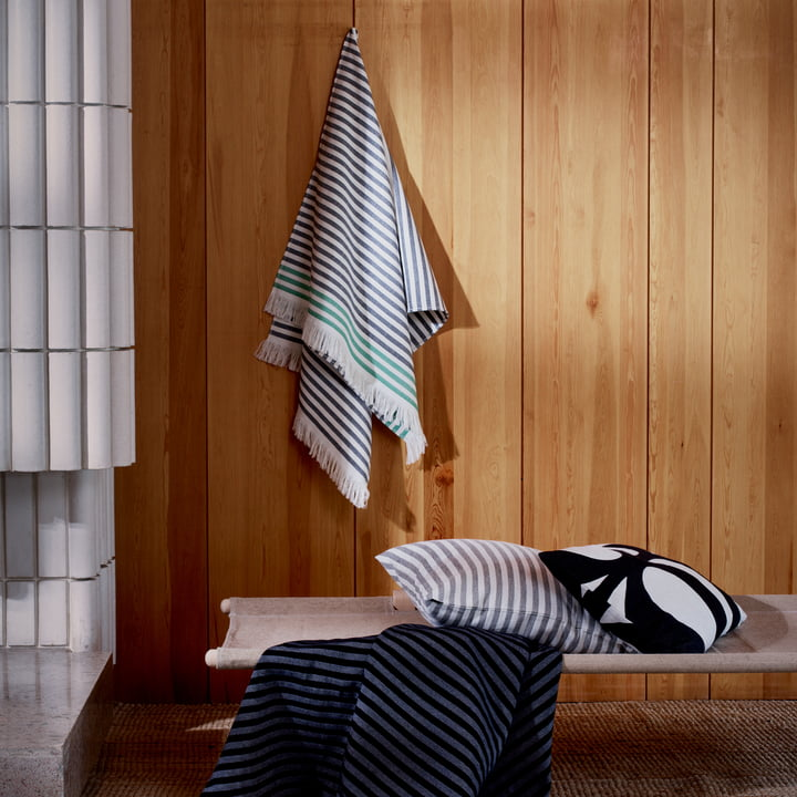 Tasaraita Towel by Marimekko
