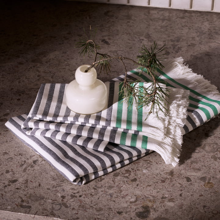 Tasaraita Hand Towels by Marimekko