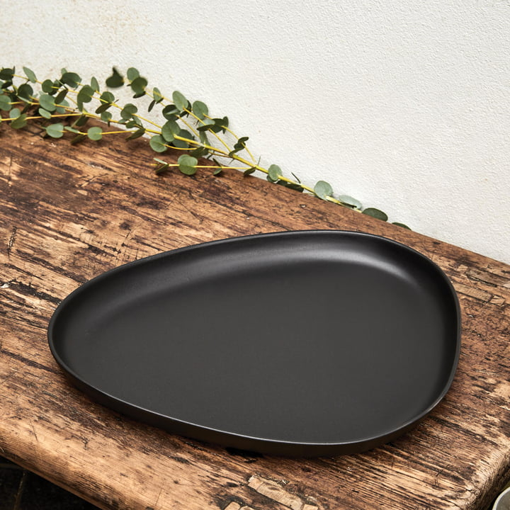 Curve Stoneware Plates by LindDNA