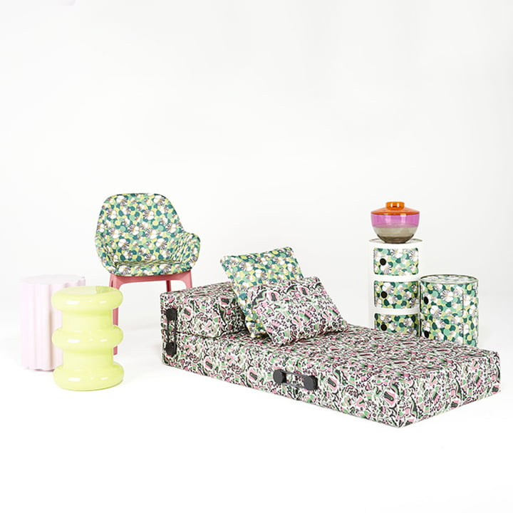 Componibili 4987, Clap Chair and Trix Folding Sofa by Kartell