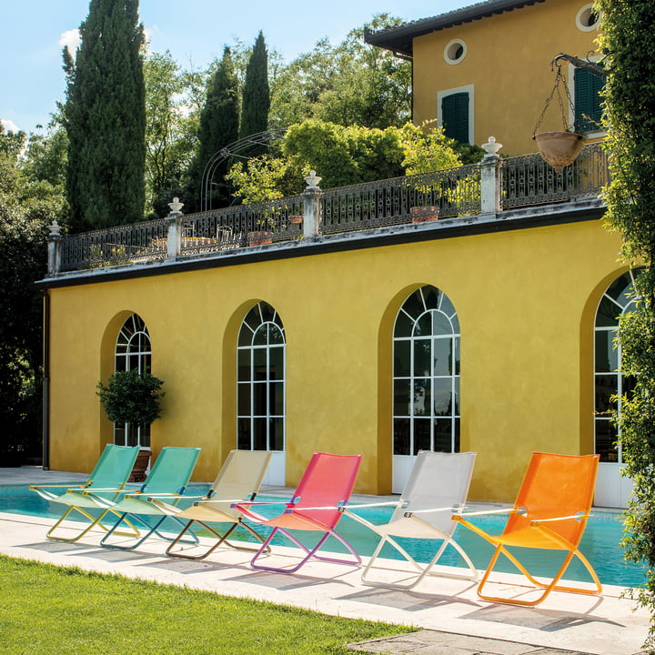 Outdoor Lounge Chairs, Sun Loungers