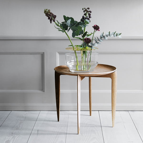 Designer vase Ikebana on side table by Fritz Hansen